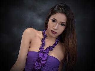 tranny webcam model pic of XCumAppetizerTSX