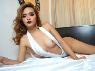 tranny webcam model pic of SexQueenSOFHEA